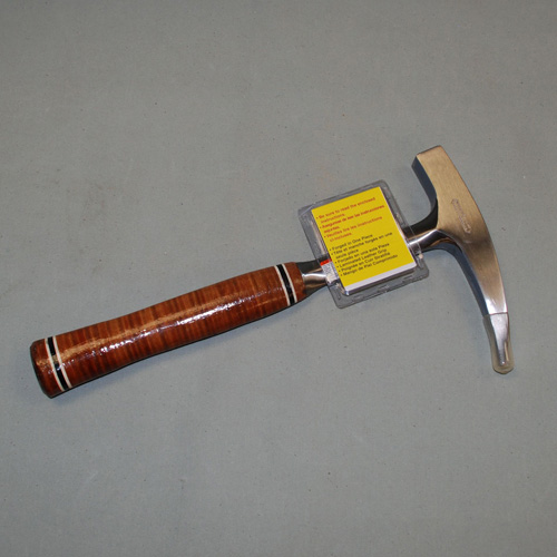 PICK- ESTWING- LEATHER HANDLE #4573