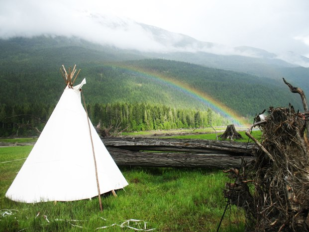 tipi-pic-from-gabrielle-gabrowski-621x466