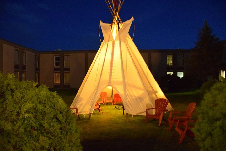 tipi-night-time